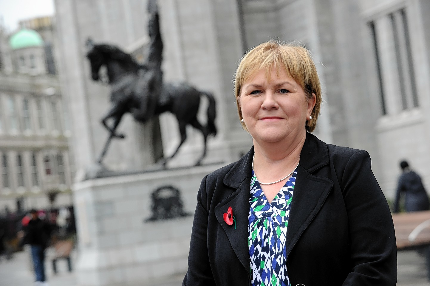 Scottish Labour leader Johann Lamont said bankers' bonus tax could get Scots back to work.
