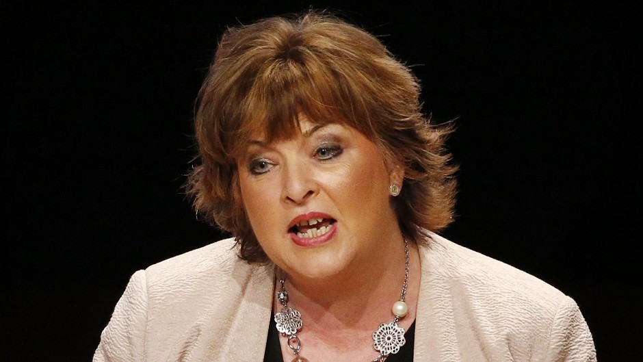 Fiona Hyslop will answer questions about the opportunities of independence for Orkney.