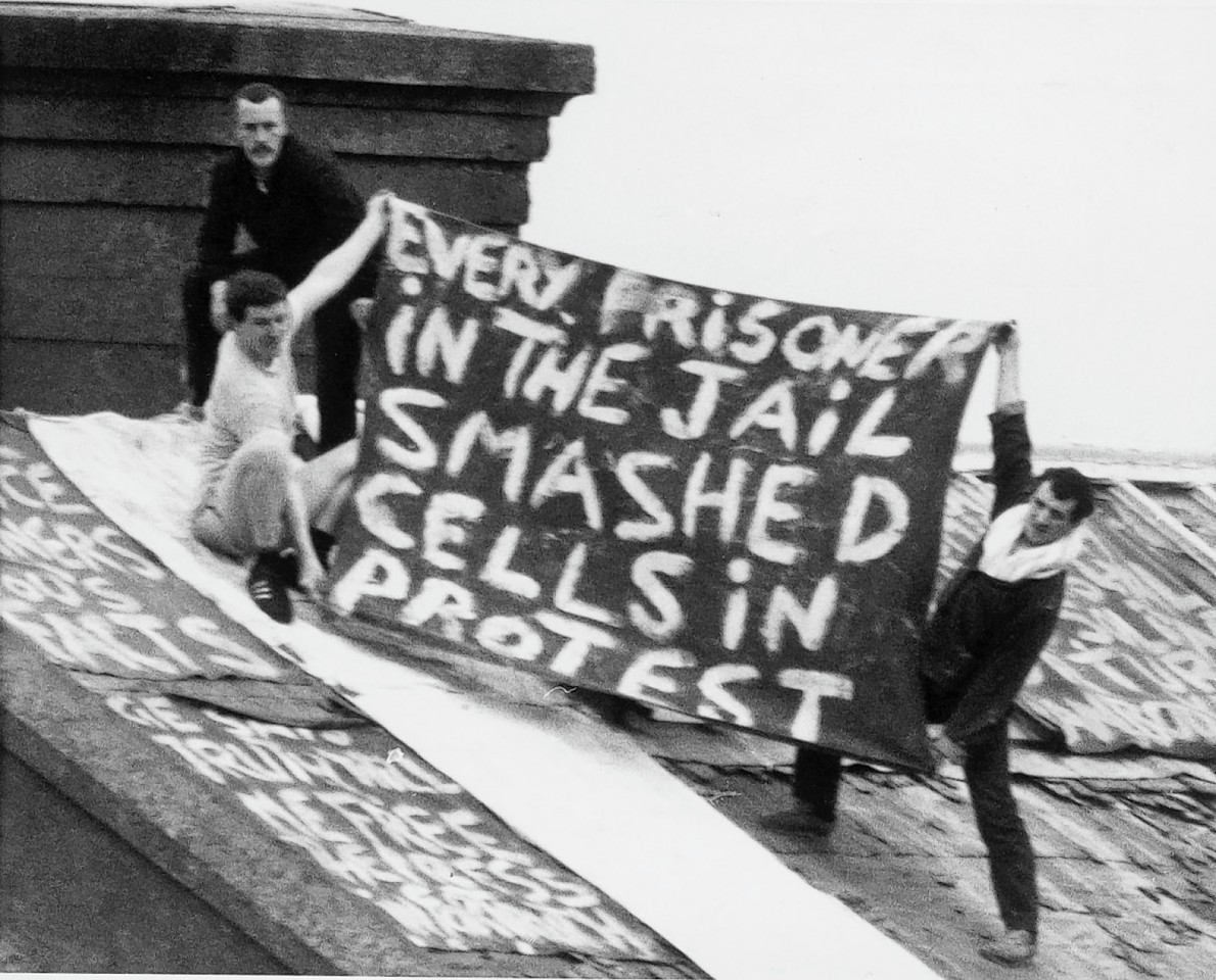 HMP Peterhead came to the national attention during riots in 1987 when prisoners took prison guards hostage on the roof with Margaret Thatcher deploying the SAS to regain control.