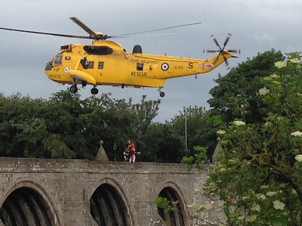 Rescue drama at the Bridge of Dee