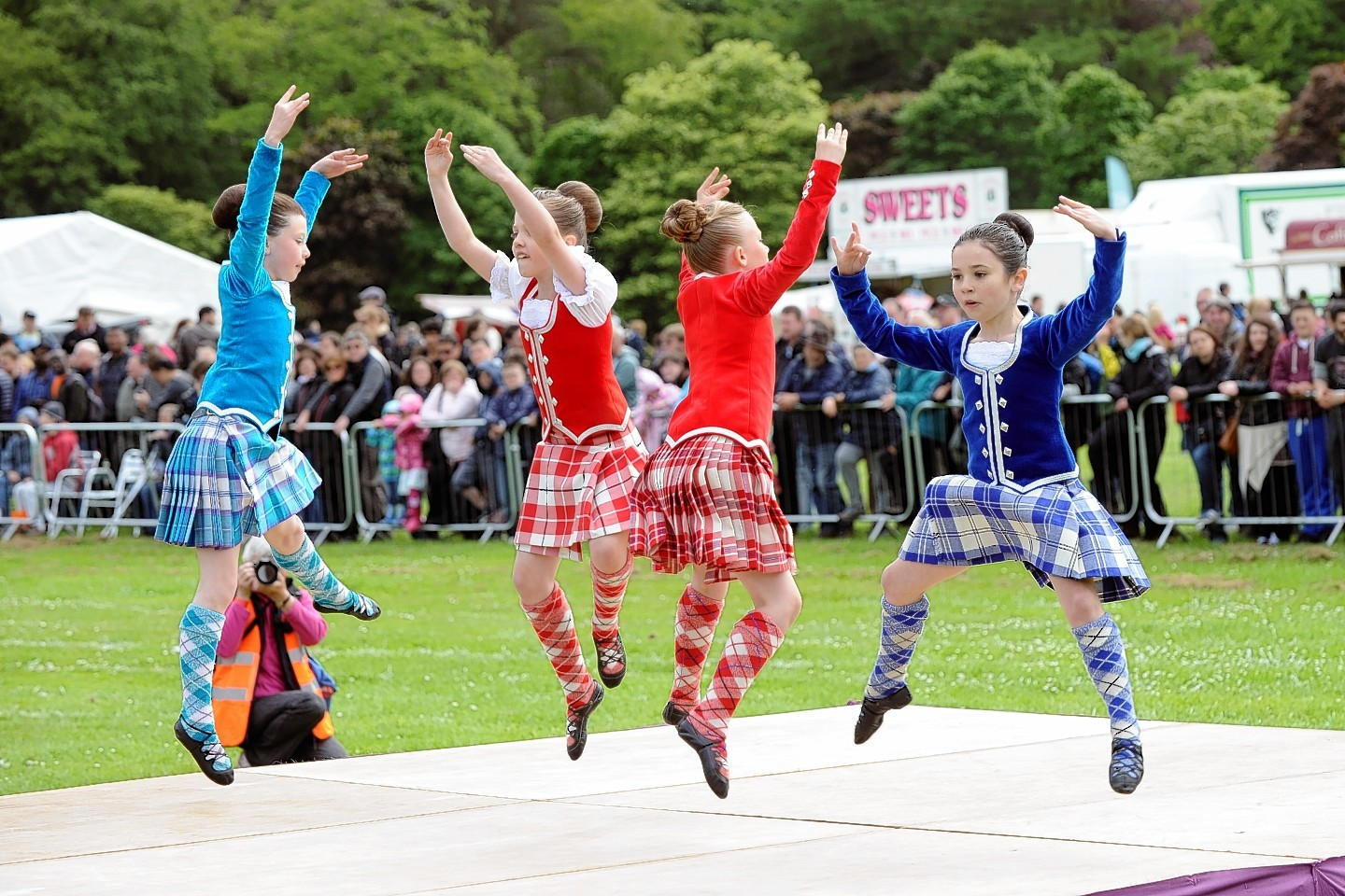Crowds Gather For Aberdeen Highland Games Press And Journal