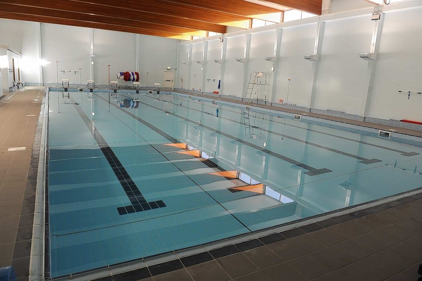 Tullos pool to remain closed press and journal - Northfield swimming pool timetable ...