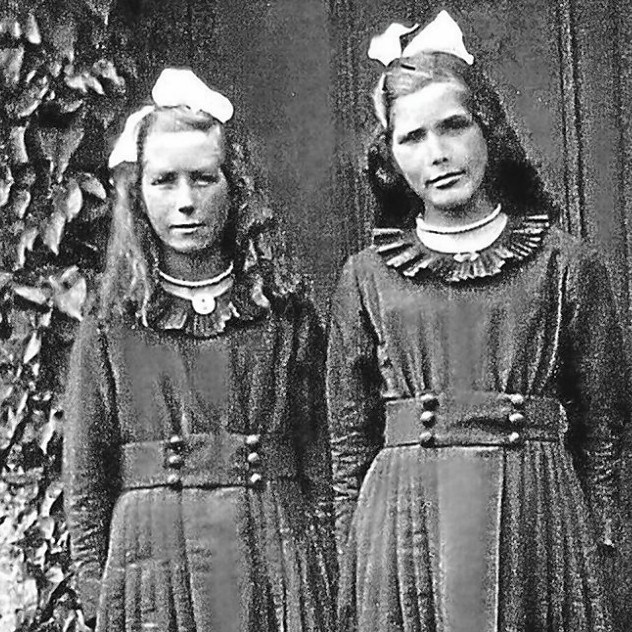 Evelyn Middleton and Edith Ritchie