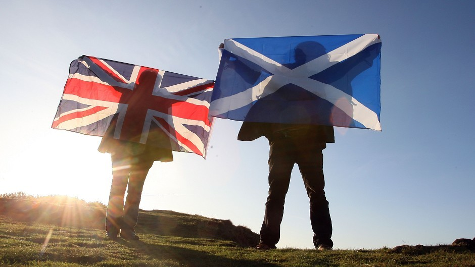 Party leaders have issued joint declaration of more powers for Scottish Parliament on eve of TV referendum debate.