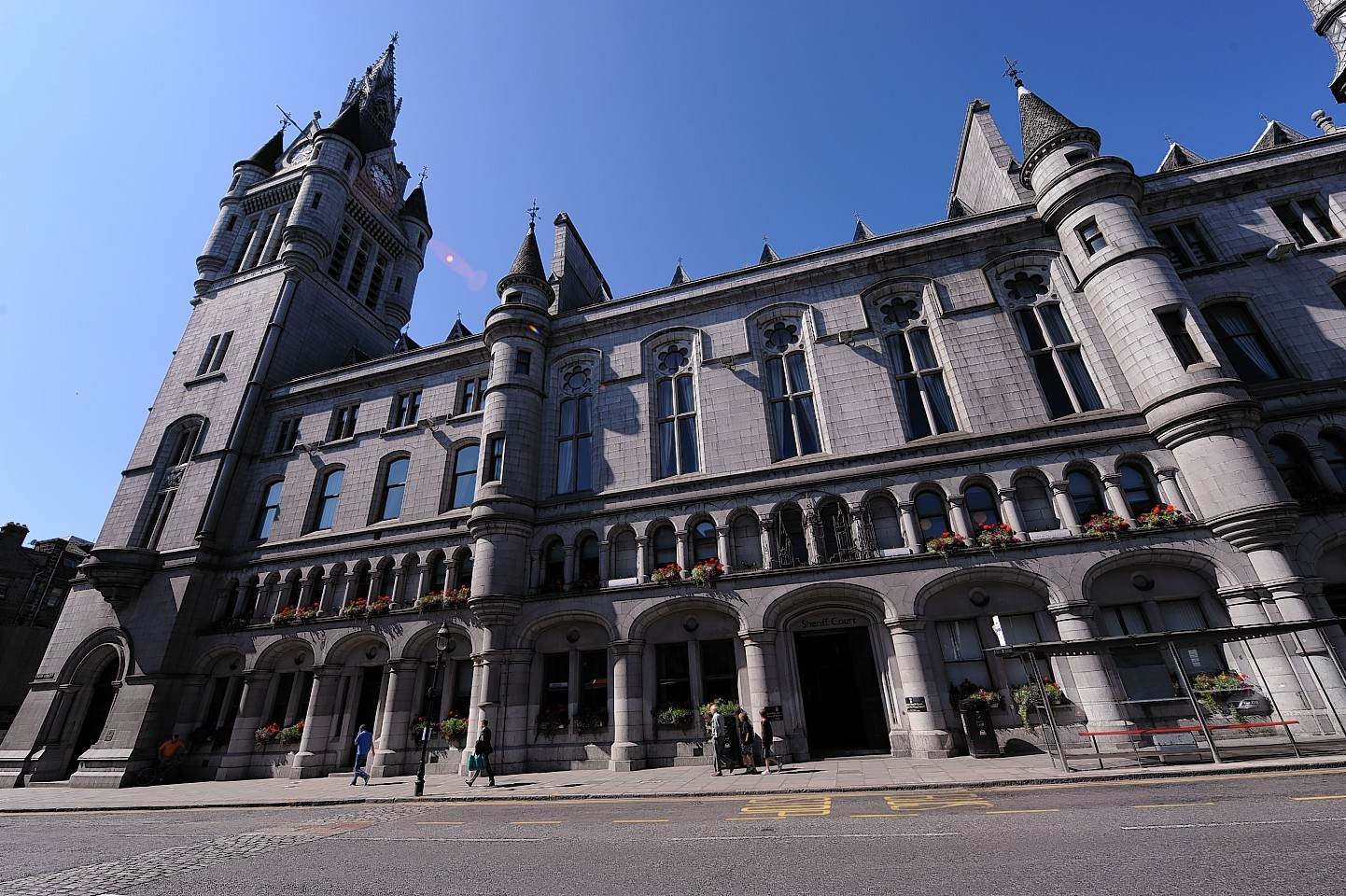 Aberdeen Civil Justice and Commercial Court in Queen Street
