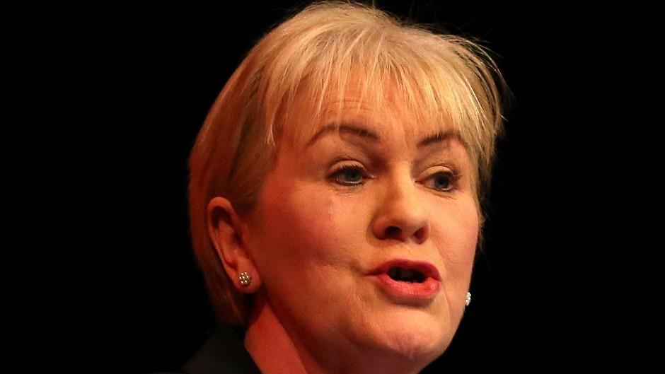 Scottish Labour leader Johann Lamont will call for NHS to be taken out of the hands of politicians.