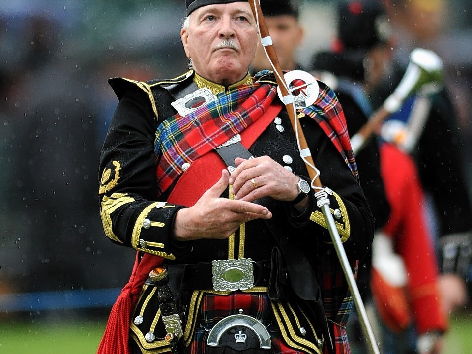 Pipe major Bert Summers. Credit Kami Thomson.