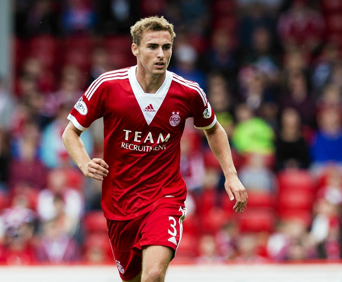 Clark Robertson: Sustained a thigh injury while playing for Scotland under-21s.