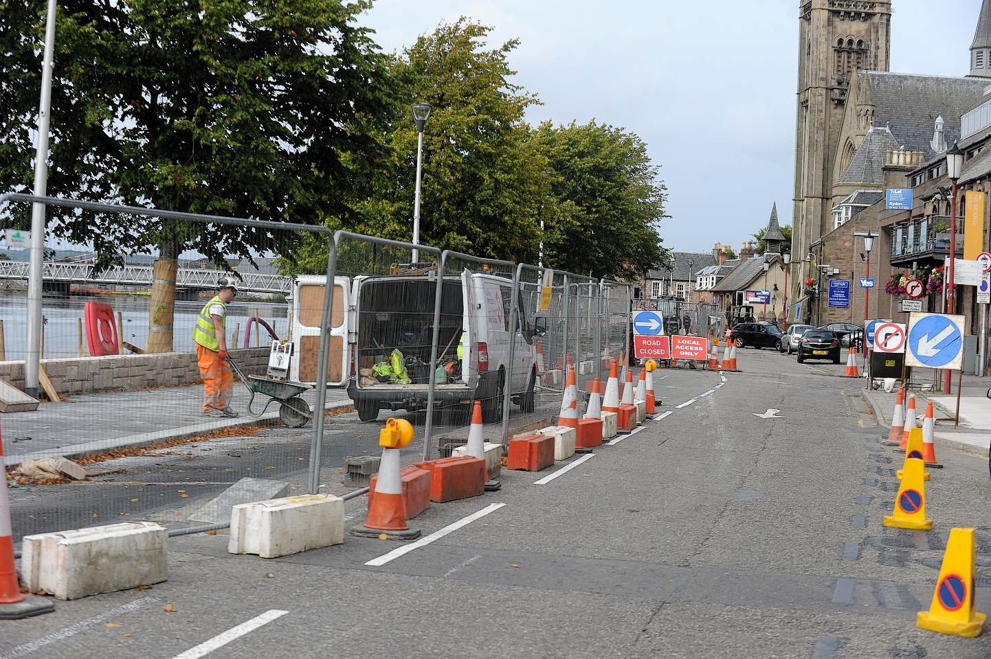 Flood scheme for Bank Street, Inverness