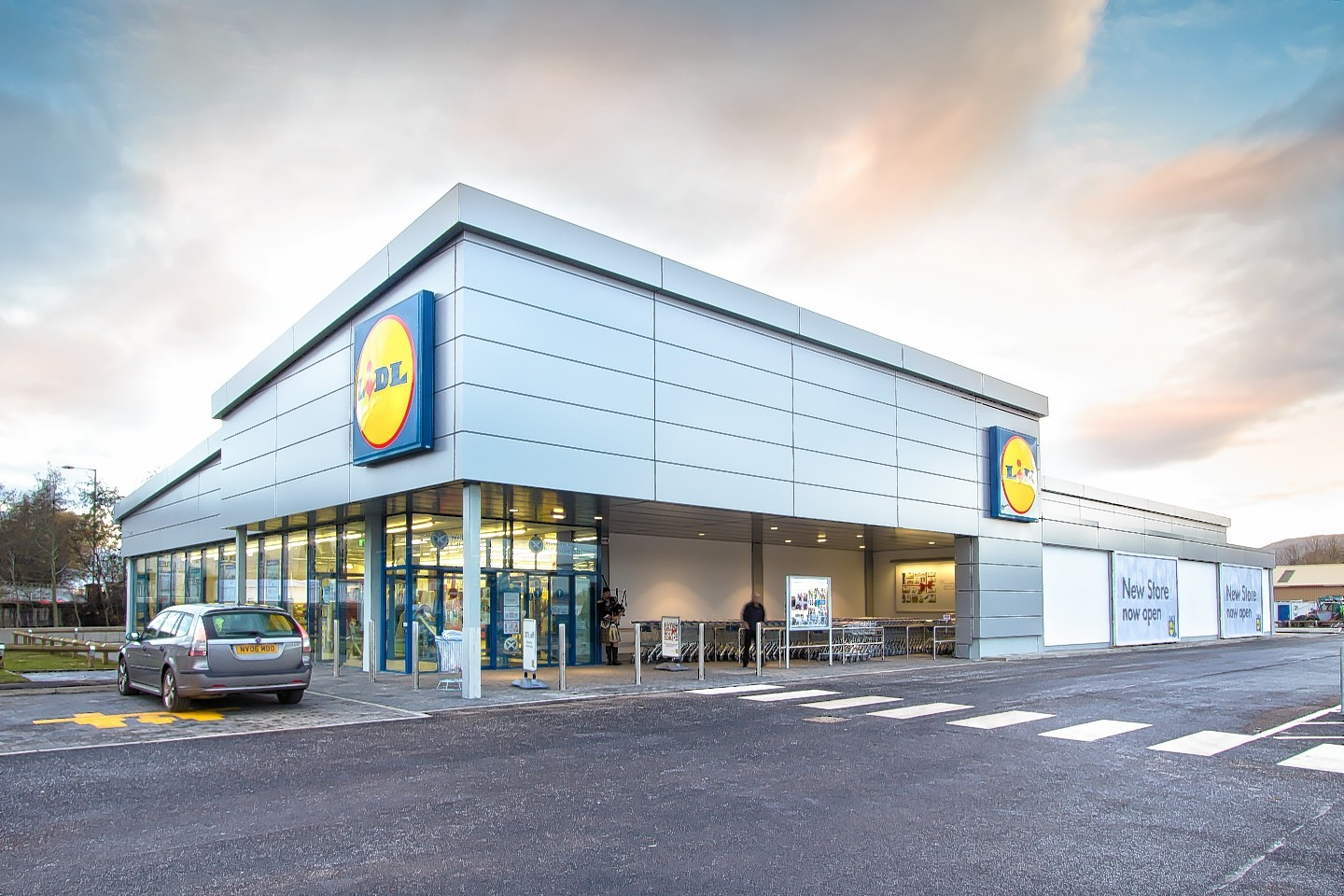 This is how a new Lidl store might look