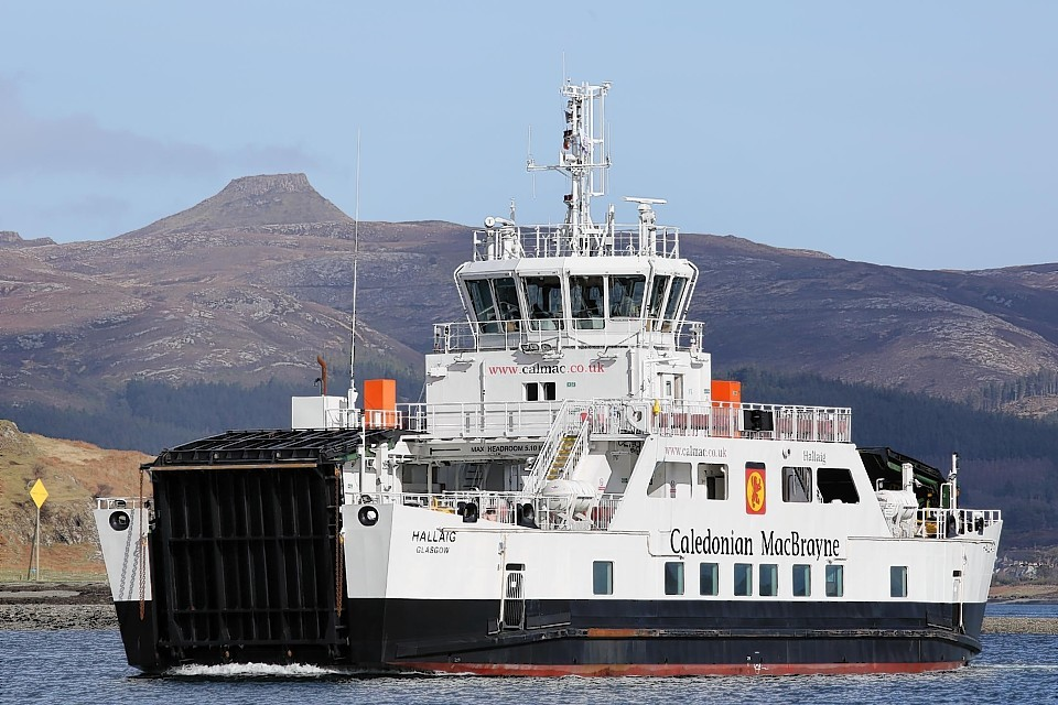 Contact has been place for third hybrid ferry similar to HV Hallaig operating on the Sconser-Raasay route .