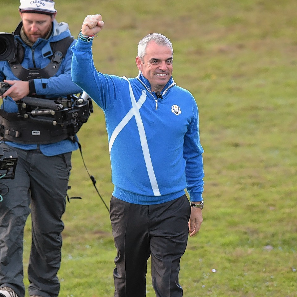Paul McGinley salutes the European support