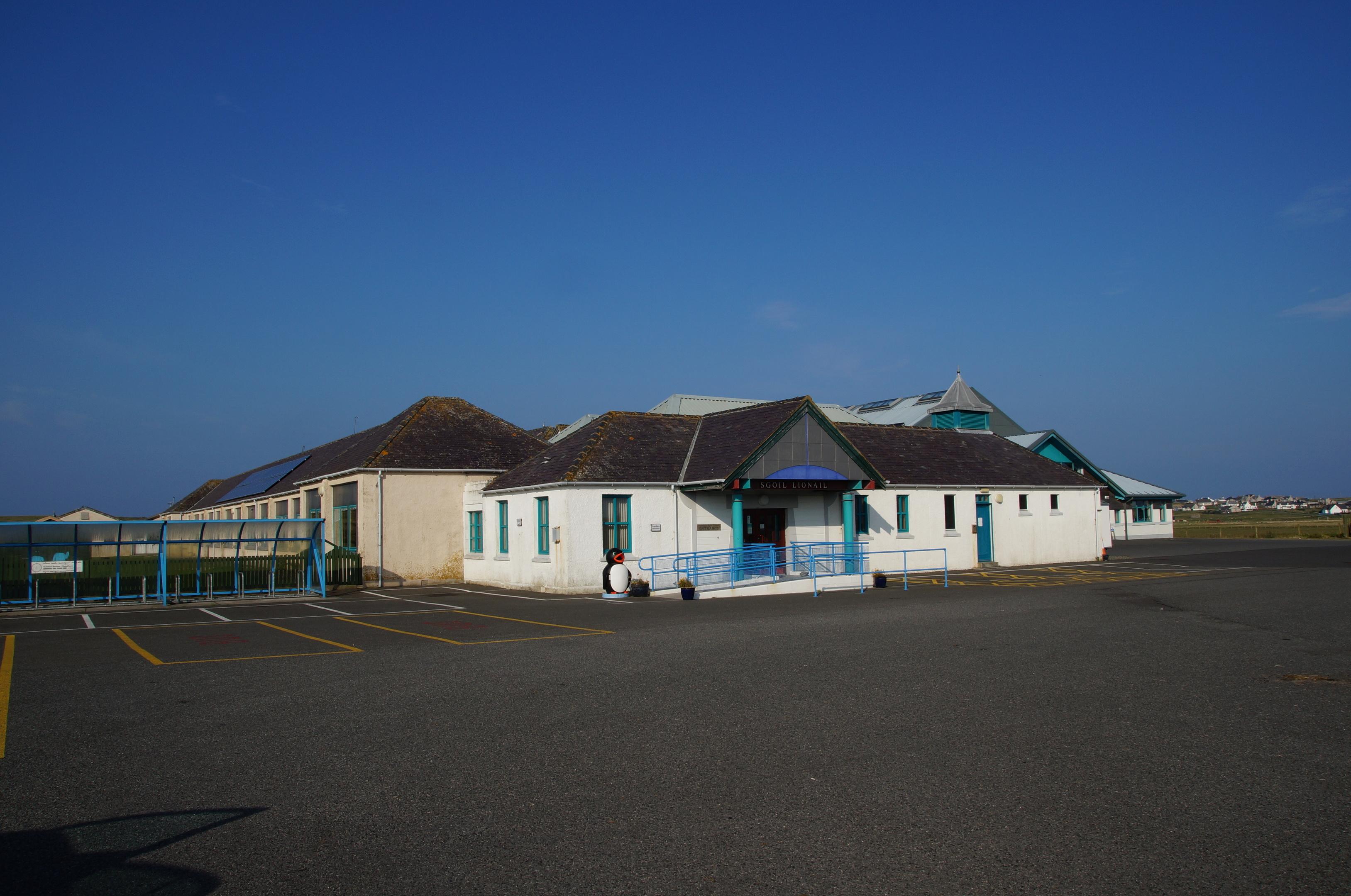 Lionel School on Lewis