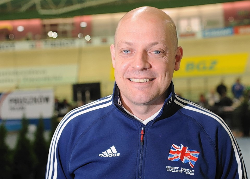 Man behind success of Britain's Olympic cycling team has urged voters to reject independence.