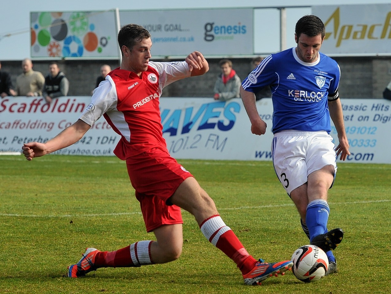 Steven Noble in action for Peterhead