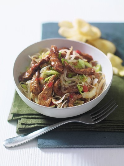 INDONESIAN CHILLI LAMB NOODLES
