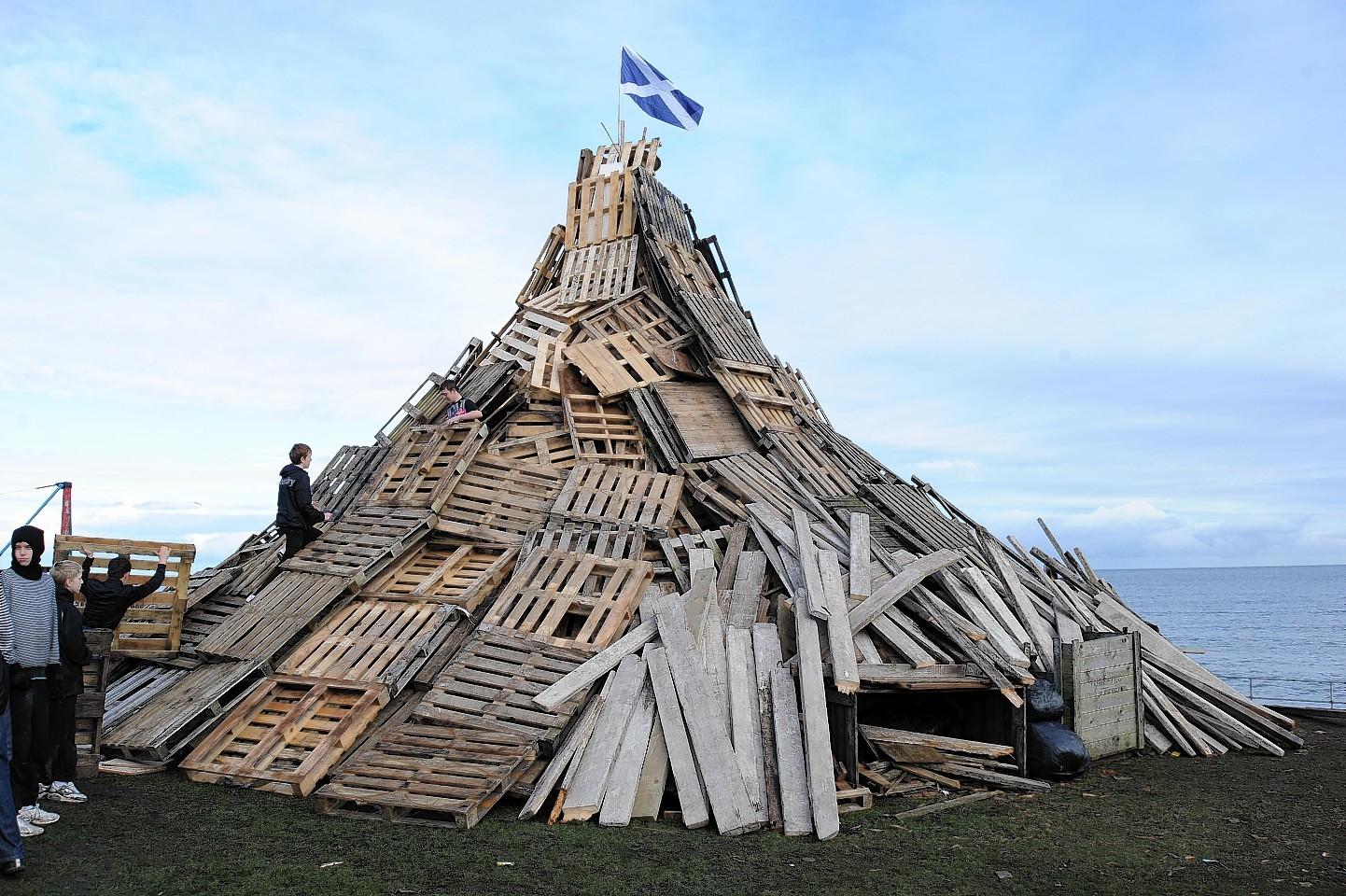 The Gadle Braes bonfire in 2010
