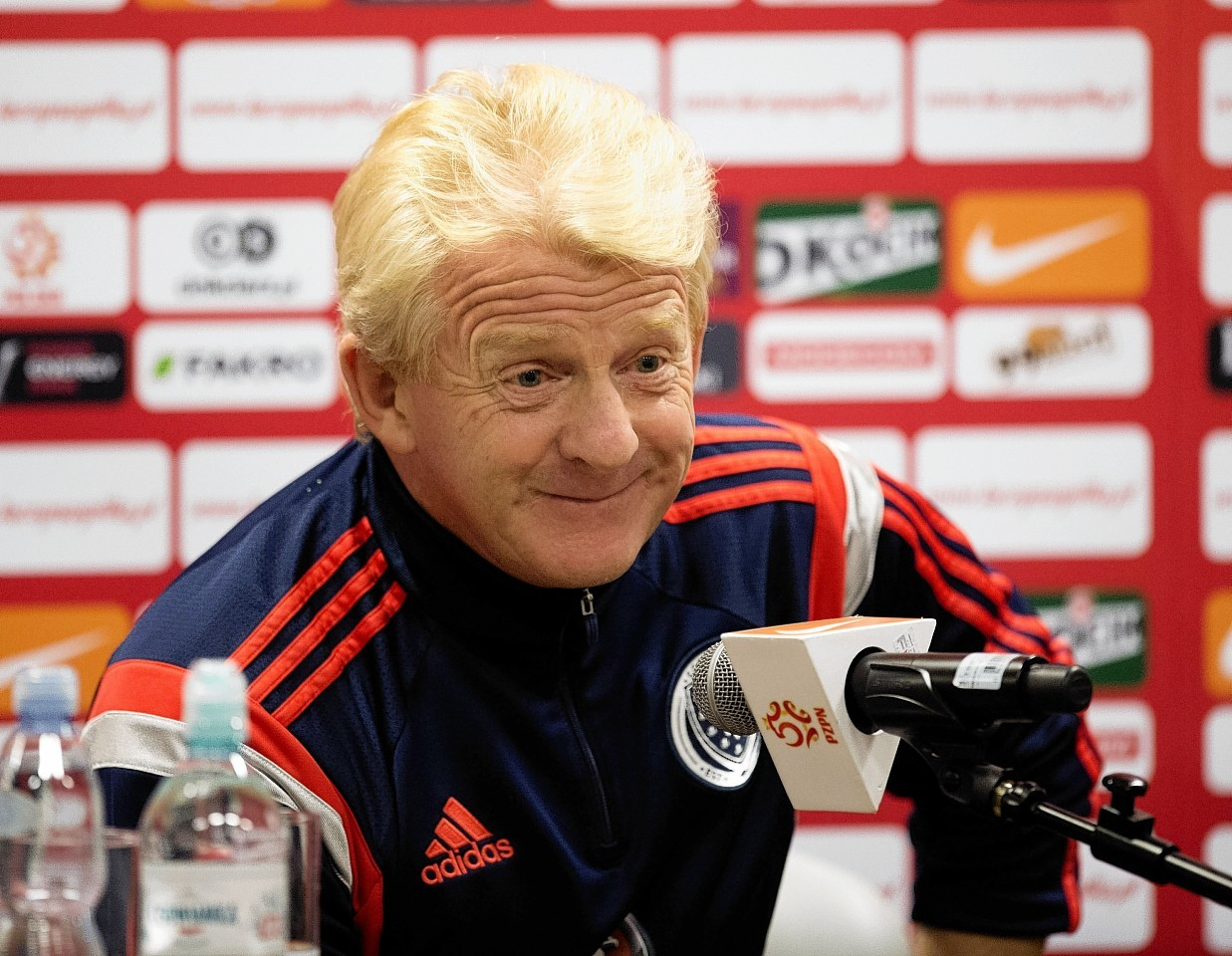 Gordon Strachan has handed a first call up to Bournemouth's Matt Ritchie