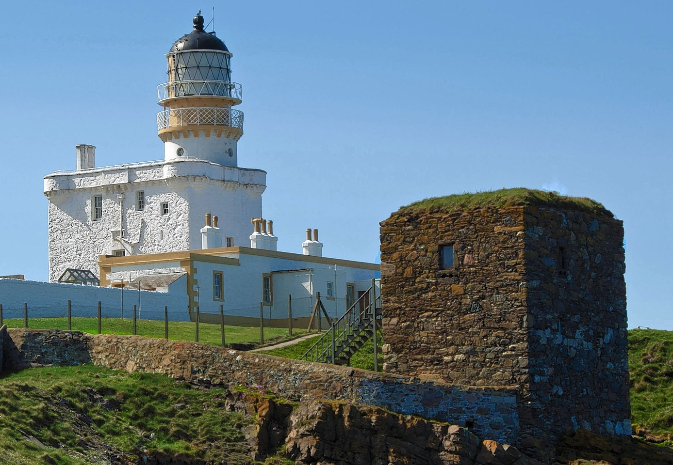 Kinnaird Head Lighthouse and the Winetower.