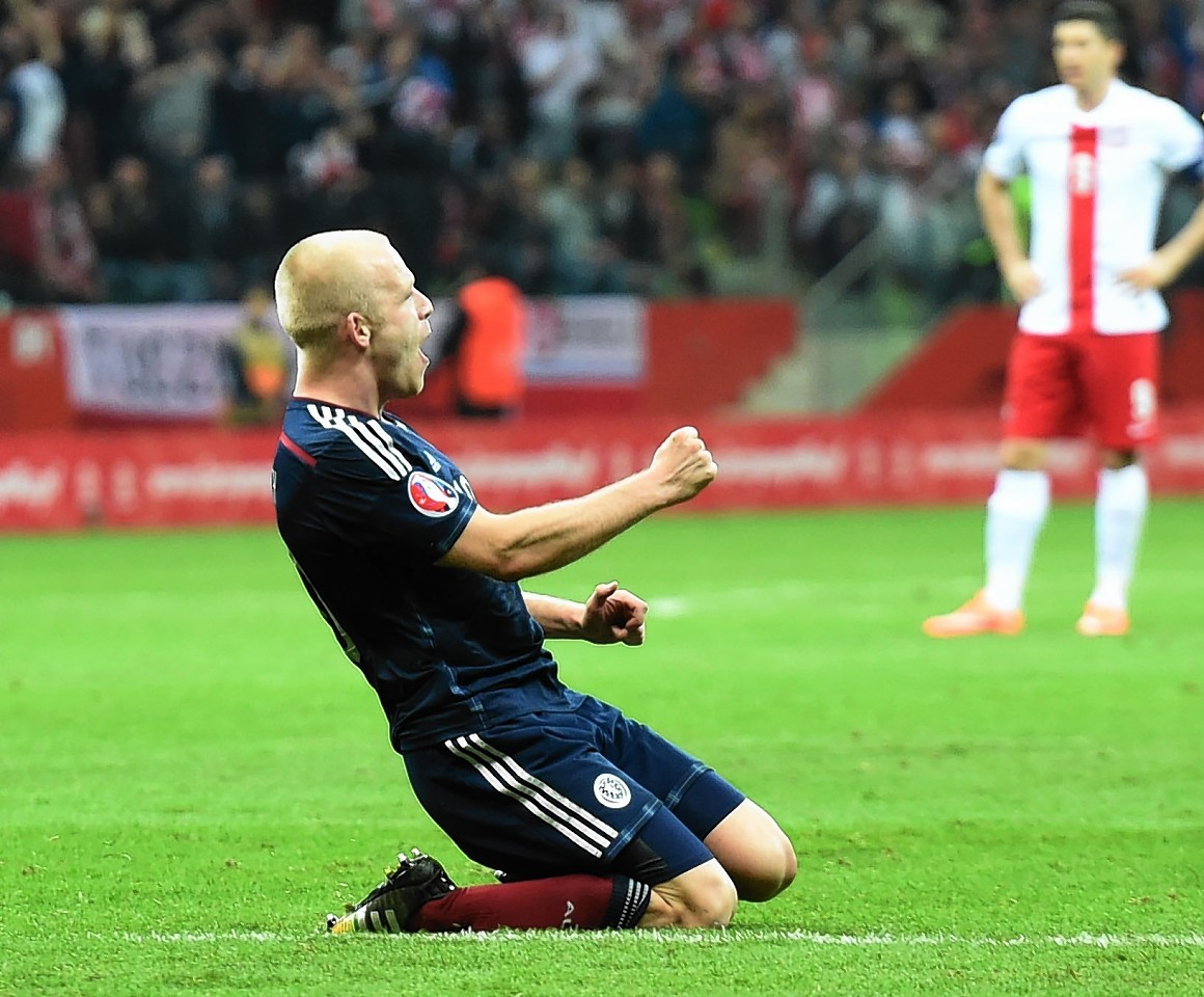 Steven Naismith hopes the Slovenia victory will get the Tartan Army back on side.