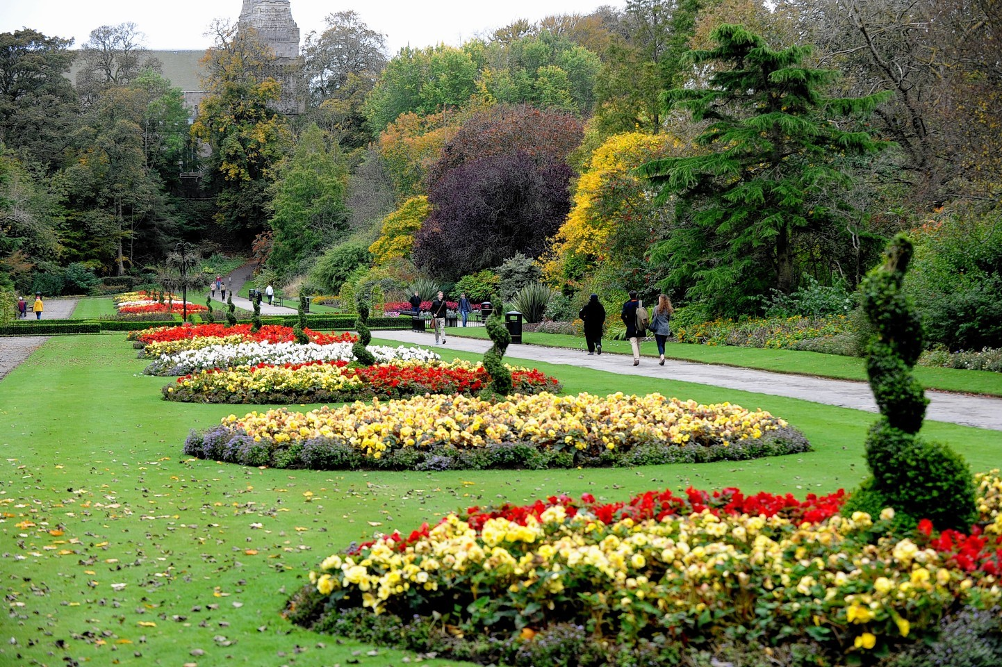 Aberdeen's parks and gardens bagged top prize at the Britain in Bloom in 2014