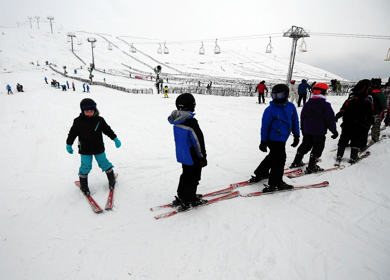 CairnGorm skiers