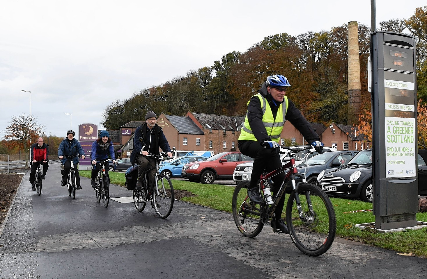 Cyclists on the Millburn Road cycle path