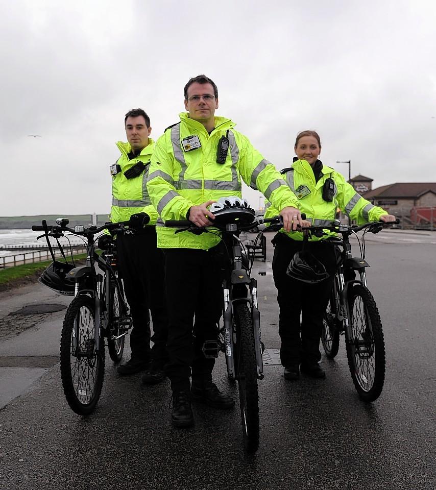 Saddle up! Bobbies on bicycles to patrol Aberdeen | Press ...