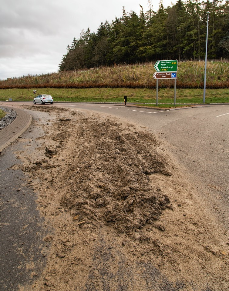 The lorry spill on the A96