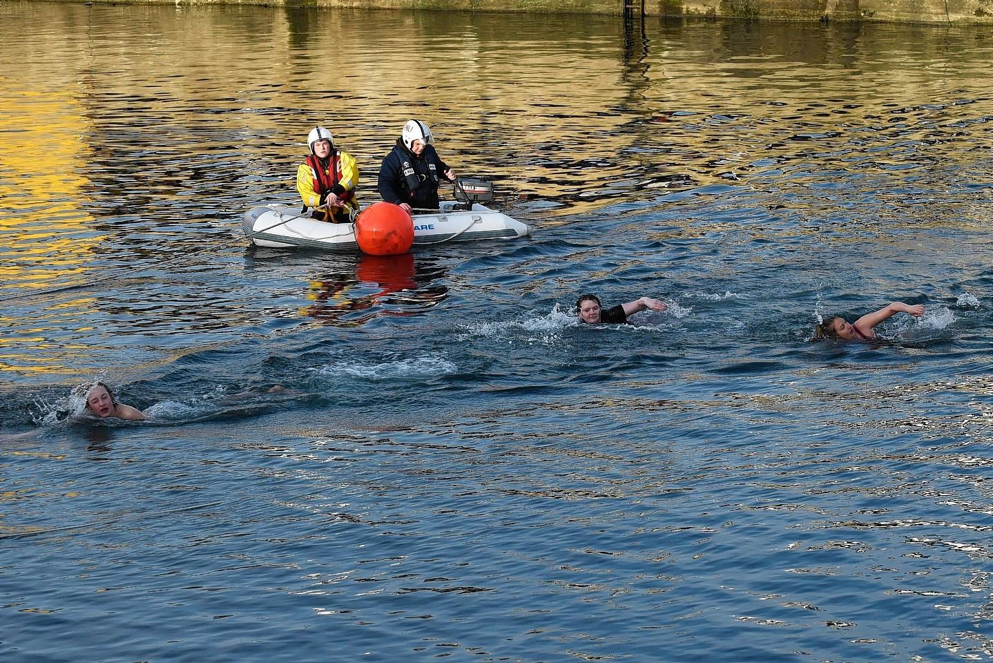 Fraserburgh-Boxing-day-swim-7.jpg