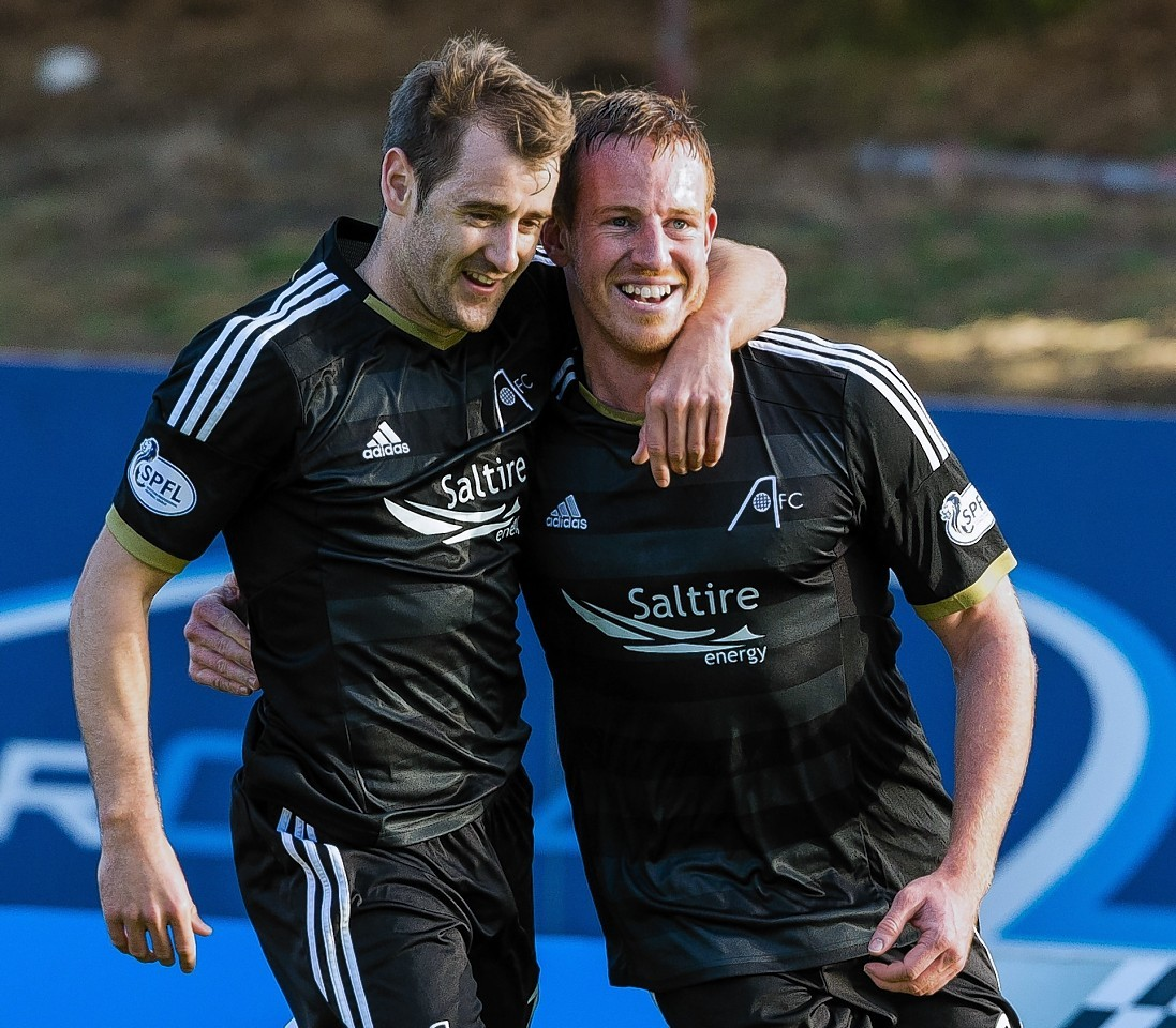 Niall McGinn and Adam Rooney may start alongside David Goodwillie this afternoon