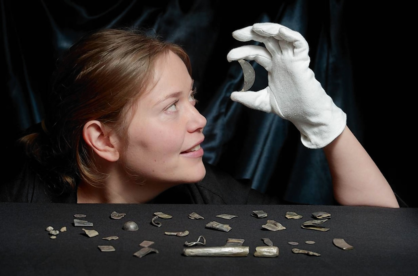 Archaeologists from National Museums Scotland and the University of Aberdeen's Northern Picts project have unearthed a hoard of Late Roman and Pictish silver buried in a field in Aberdeenshire