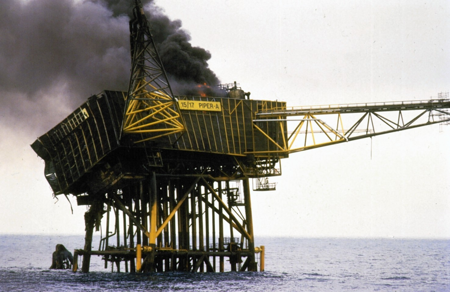 The Piper Alpha tragedy killed 167 workers.