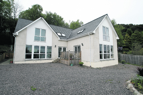 Muilean, a recently built detached five bedroom house in Kilmuir