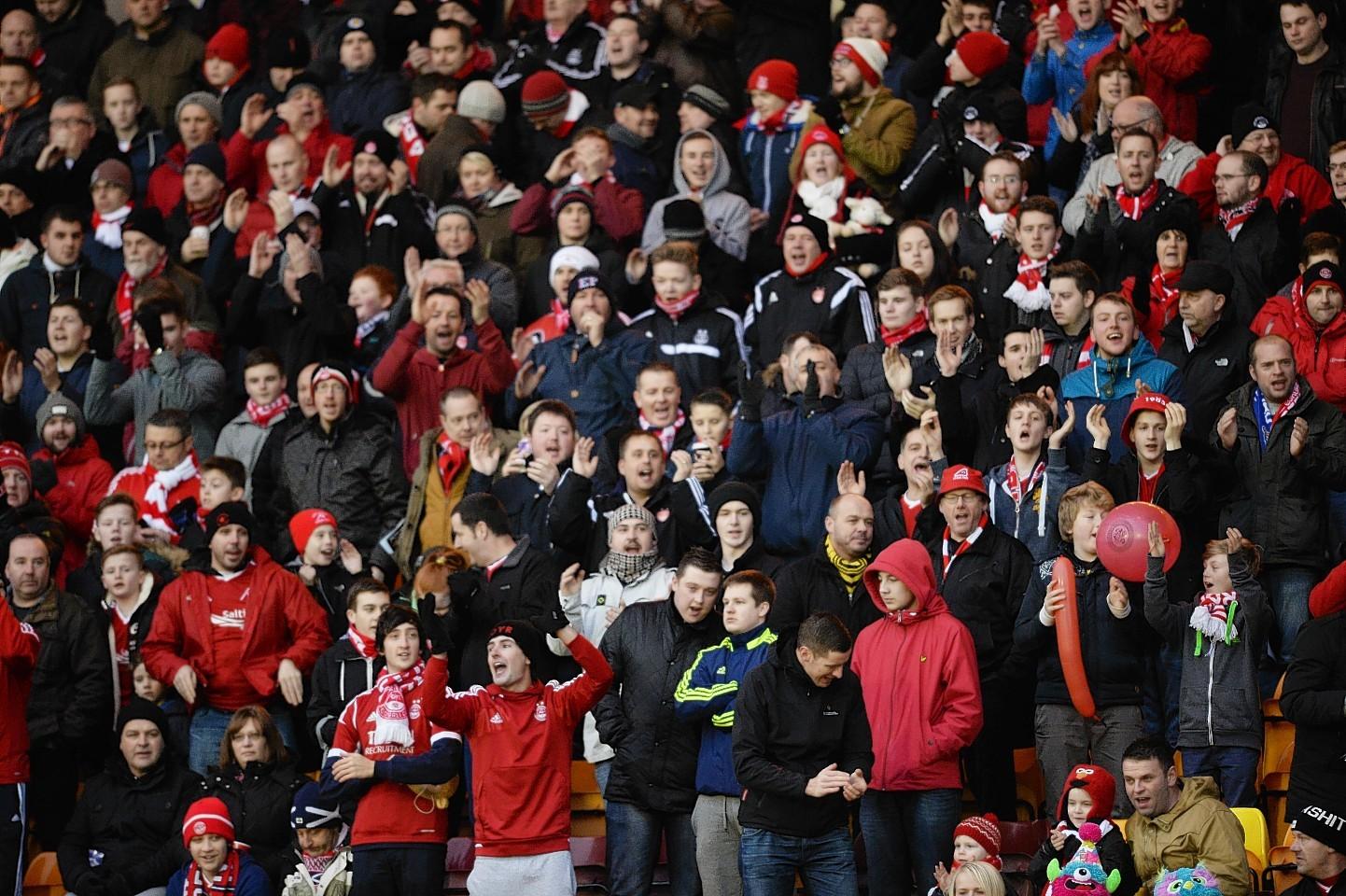 Aberdeen-fans.jpg