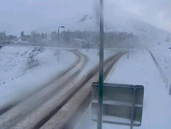 Snow lies on the A832 at Achnasheen. Picture by Highlands roads via Twitter