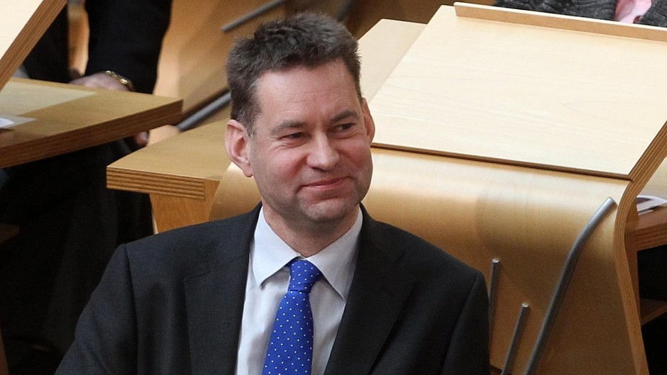 Conservative MSP Murdo Fraser has backed the NFU over  management not ownership being central to land reform.