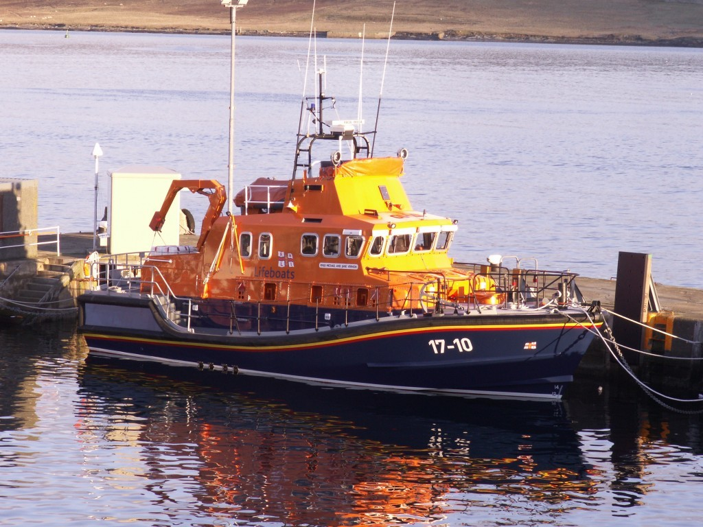 Lerwick Lifeboat was called to provide assistance