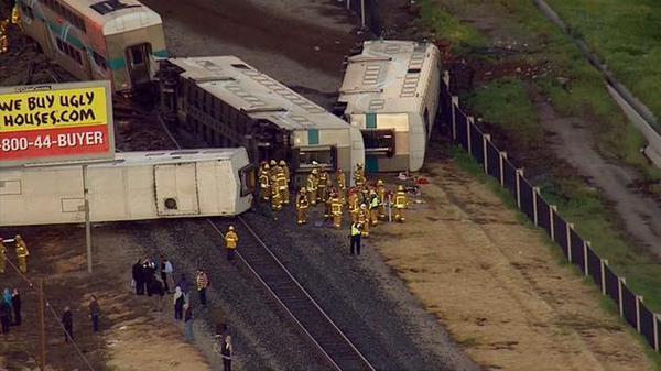 Train derails near Los Angeles, USA