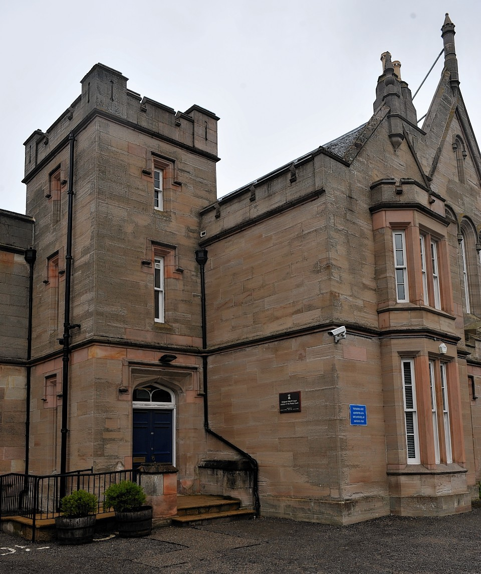 Dingwall Sheriff Court closed in 2015