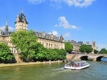 TRAVEL Paris 091576