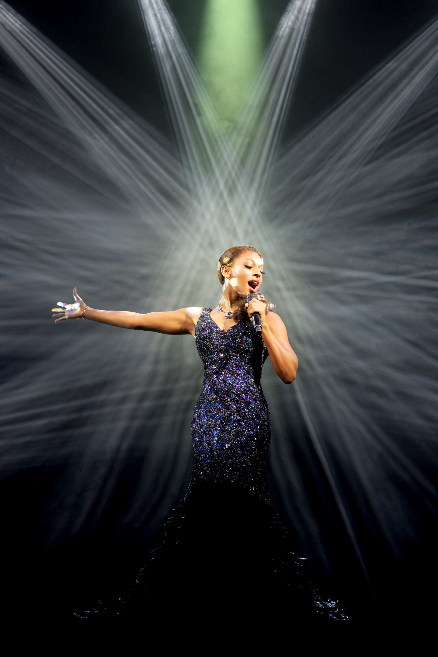 Alexandra Burke in The Bodyguard (Photograph of West End production). Photo by Paul Coltas