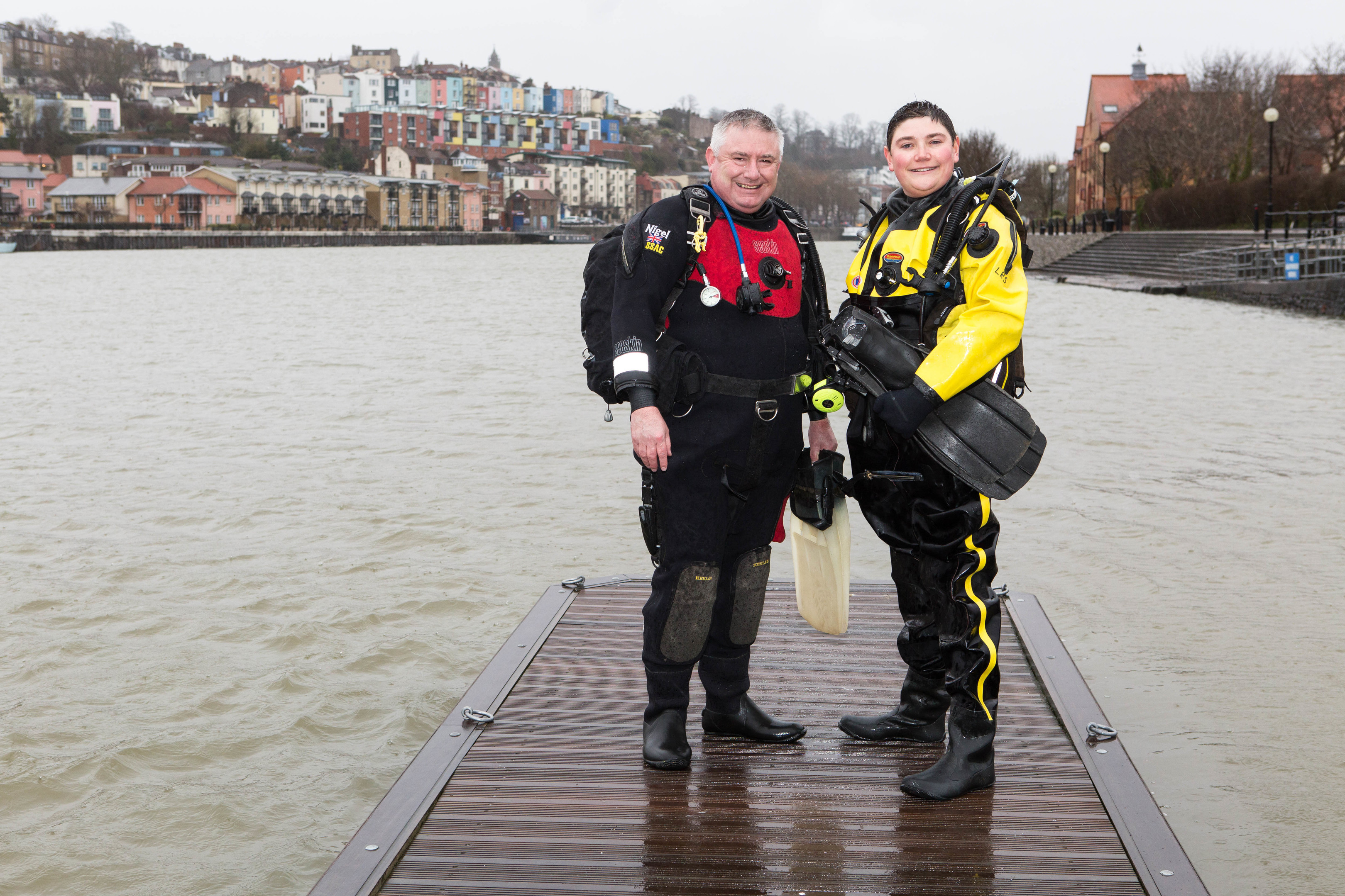 British Sub Aqua Club divers Nigel Braybrooke and Leon Smith are seeking the family of a north-east captain whose ship was torpedoed in WW I.