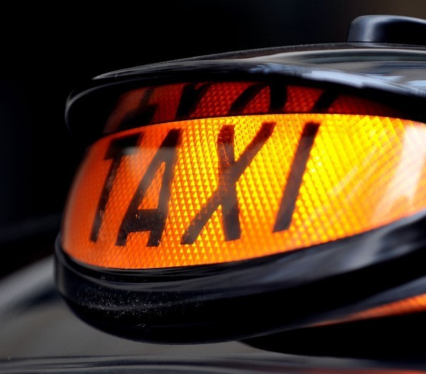 An Aberdeen court has ruled that the city council exceeded its remit in requiring private-hire car drivers to pass a street knowledge test