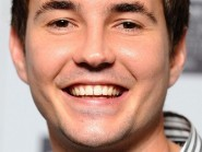 SNP member and actor Martin Compston says Scotland needs new ideas and fresh thinking