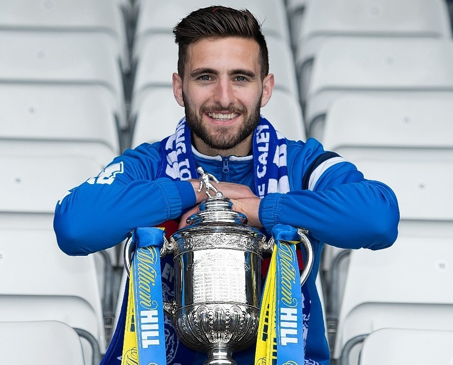 Caley Thistle captain Graeme Shinnie wants to get his hands on the Scottish Cup later this month