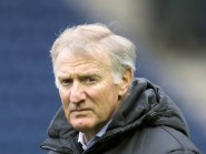 Edinburgh head coach Alan Solomons has clinched the signing of Michael Allen for next season