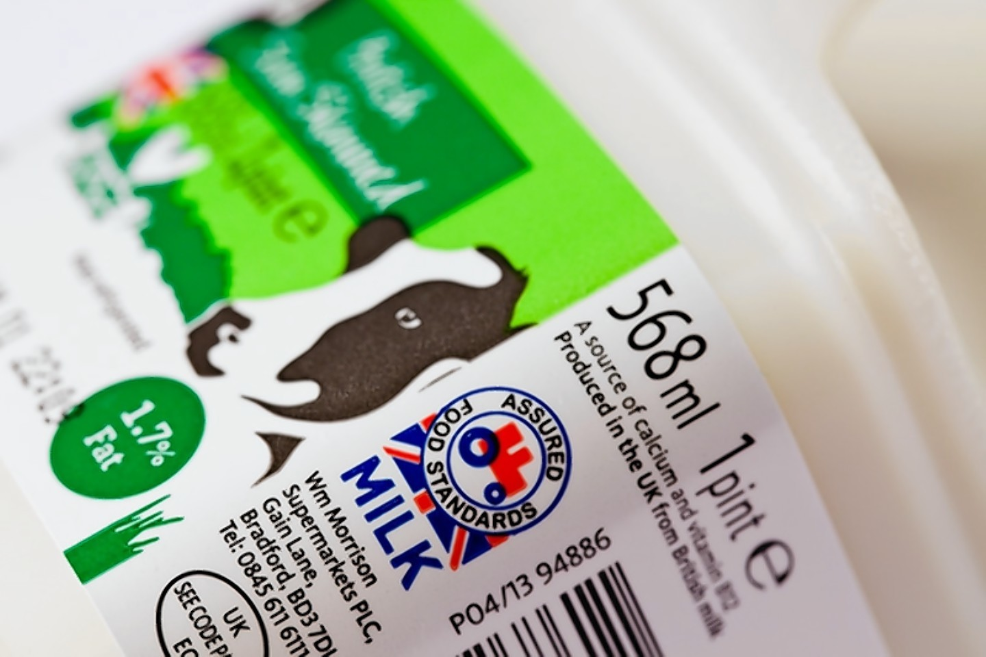 Red Tractor oversees dairy farm assurance