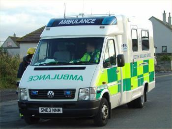 Fewer ambulances arrived within the recommended eight minutes last year than in 2014