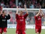Scott Severin alongside 2007 squad members Russell Anderson, Darren Mackie and Chris Clark